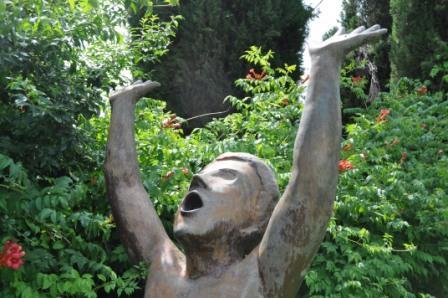 Statue at Il Giardino